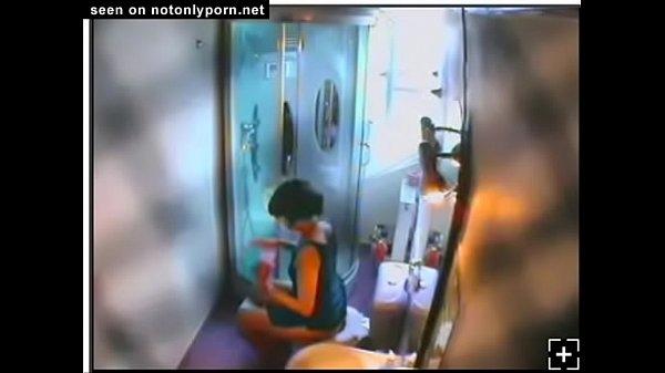 Скрытая камера в женском туалете стана