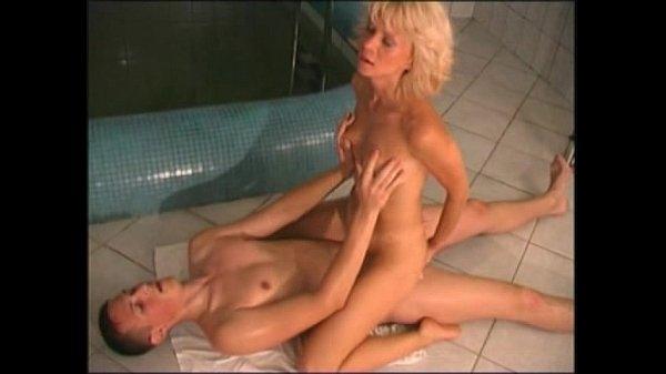 Секс сауна бассейн