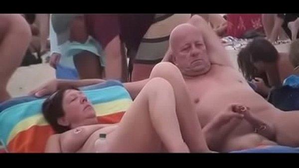 Русские нудисты на отдыхе